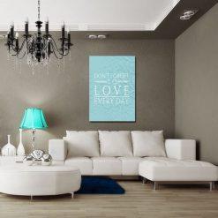 plakat z napisem Don't forget to love