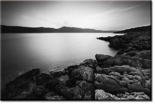 obraz z kamiennym wybrzeżem