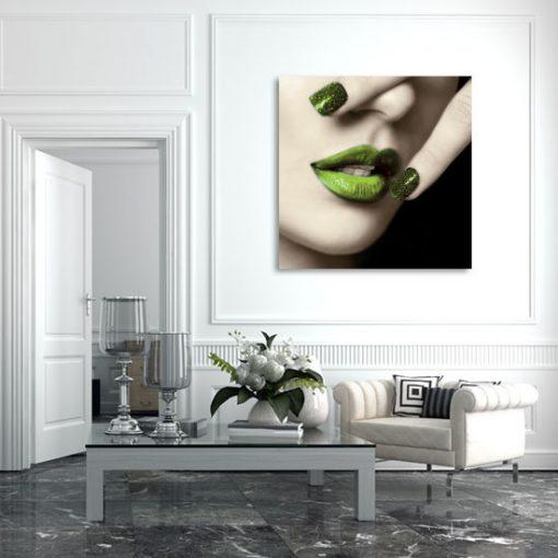 ozdoba z ustami
