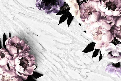 czarno-biały marmur z kwiatami