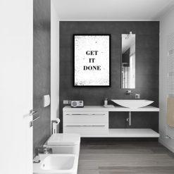 łazienka z napisem: get it done