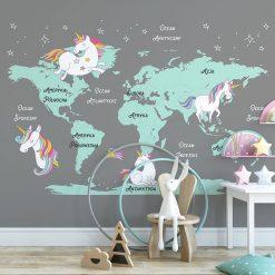 Tapeta - mapa świata i jednorożce