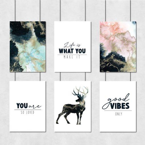 Zestaw sześciu plakatów z granatową abstrakcją