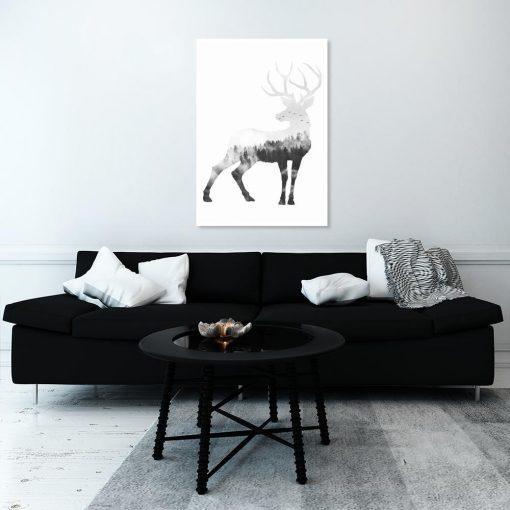 dekoracja czarno-biała z jeleniem