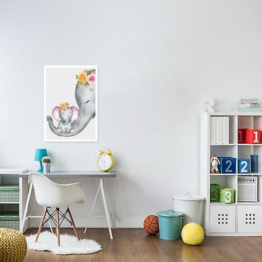 kolorowe słonie na plakacie