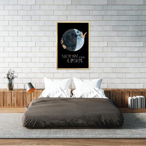 napis moon light jako dekoracja