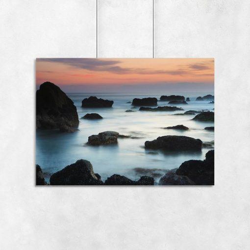 Plakat morze i skały