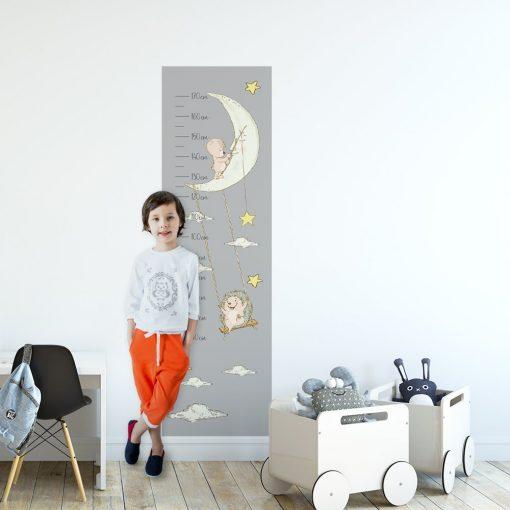 Miarka wzrostu z księżycem i zwierzętami