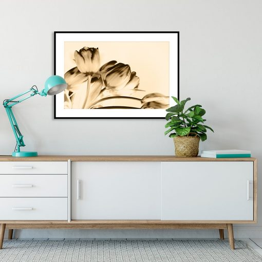 plakat tulipany w salonie