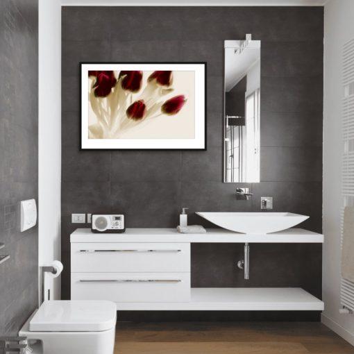 plakat z kwiatami tulipanów do łazienki