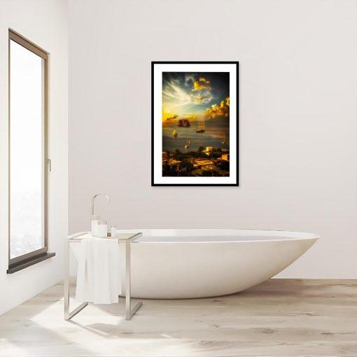 plakat z morskim motywem w łazience