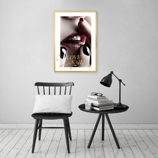 plakat bordowe usta