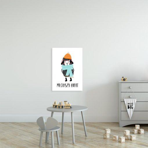 plakat z owieczką w kolorowym ubraniu na ścianę do pokoju dziecka