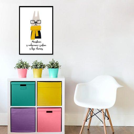 plakat z królikiem w szaliku do pokoju dziecka