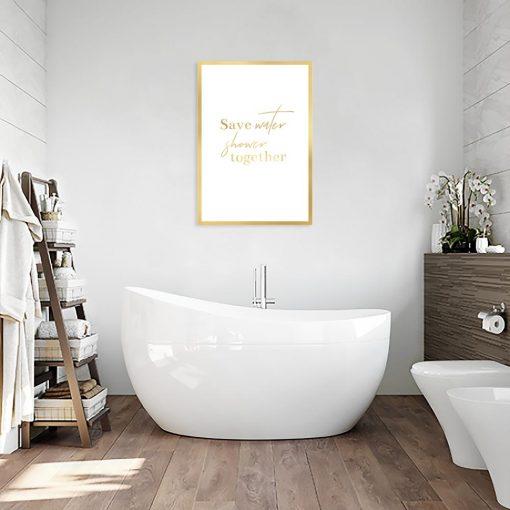 plakat pozłacany z napisem o kąpieli