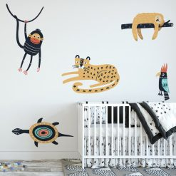 naklejka z motywem zwierząt na ścianę pokoju dziecka