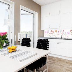 fototapeta z kwiatami polnymi do kuchni