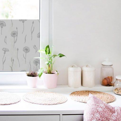 okleina okienna do kuchni z kwiecistym wzorem