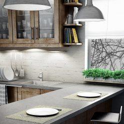 okleina okienna do kuchni z gałęziami drzew