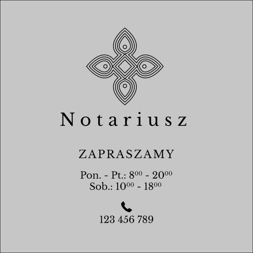 naklejka na drzwi logo notariusza i godziny otwarcia