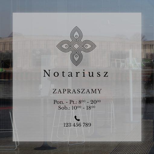 naklejka na szybę logo notariusza i godziny otwarcia