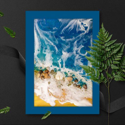 plakat niebieski jako pionowa dekoracja