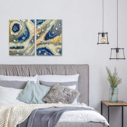 dwu częściowy obraz z abstrakcją w kolorach beżu i niebieskiego