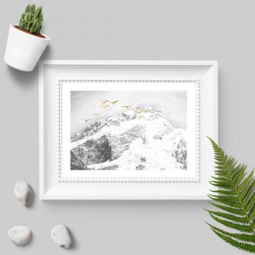 Plakat z zimowymi górami