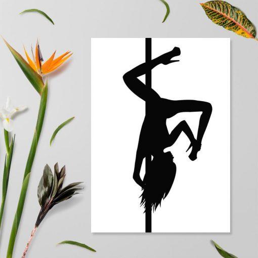 Biało-czarny plakat z odwróconą figurą pole dance
