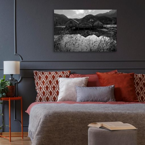 Obraz z domkami na jeziorze do sypialni
