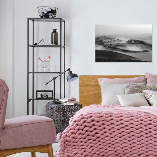 Obraz czarno-biały z górskim pejzażem do salonu w nowoczesnym stylu