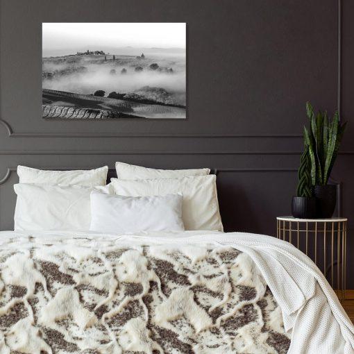 Czarno-biały obraz - Pola we mgle do sypialni