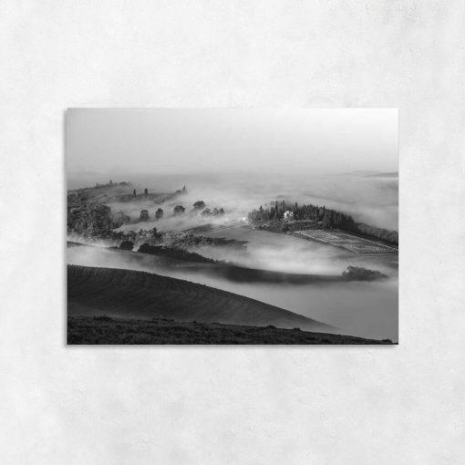 Obraz czarno-biały z górskim pejzażem do dekoracji przedpokoju