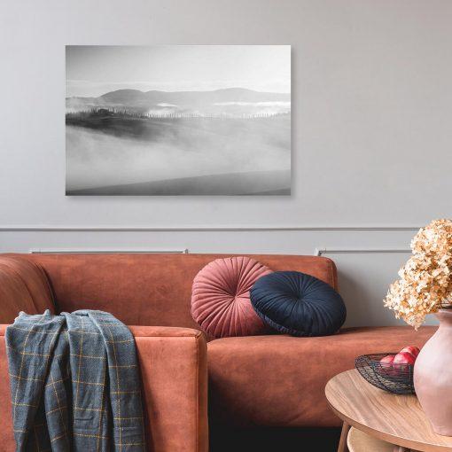 Obraz z szarymi górami do salonu