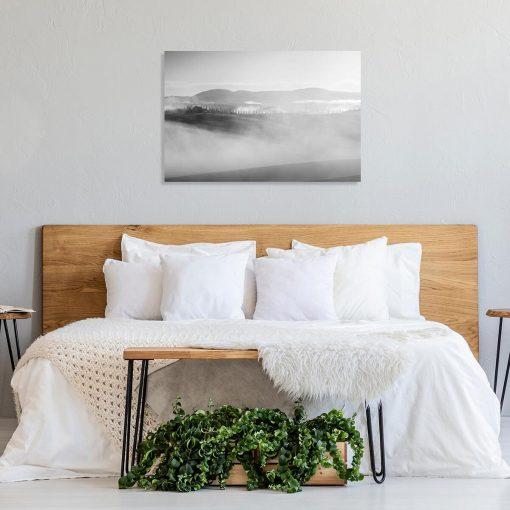 Obraz z szarymi górami do sypialni