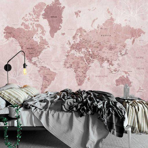 Fototapeta w różu z mapą świata