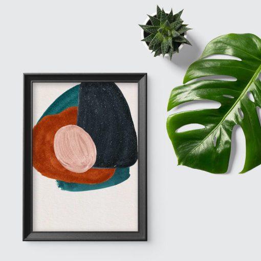 Plakat z abstrakcyjnymi kleksami na beżowym tle