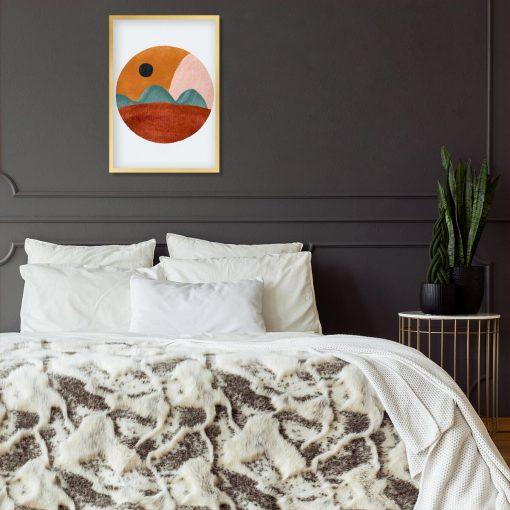 Plakat z brązowo - beżową abstrakcją do sypialni