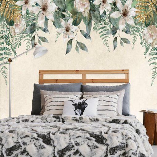 Kwietna kompozycja - Tapeta z imitacją złota do sypialni