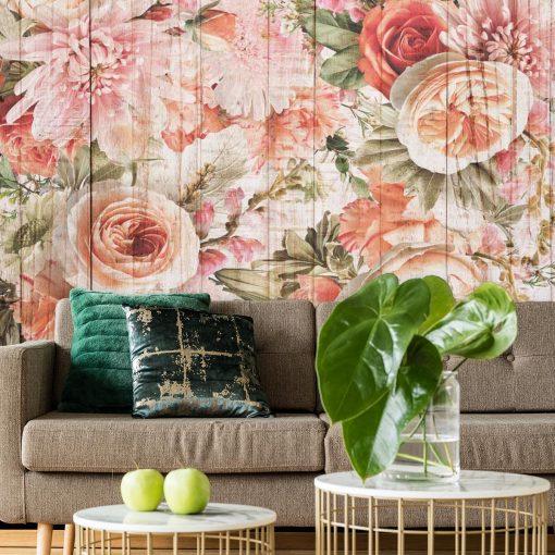 Tapeta w kolorze różowym z kwiatami na tle desek