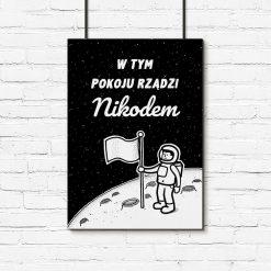 Czarno-biały plakat z imieniem Twojego dziecka