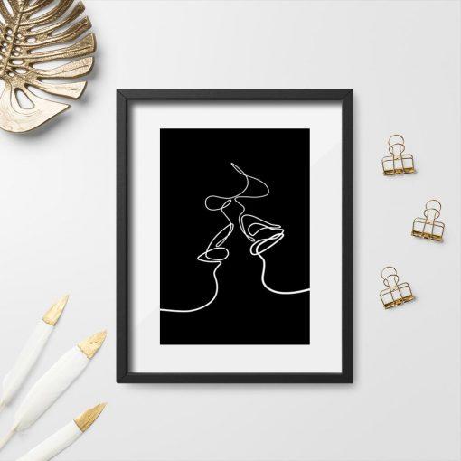 Erotyczny plakat - pocałunek w czarno-białych kolorach
