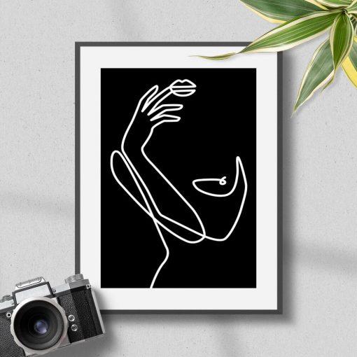 Plakat z kobiecym ciałem