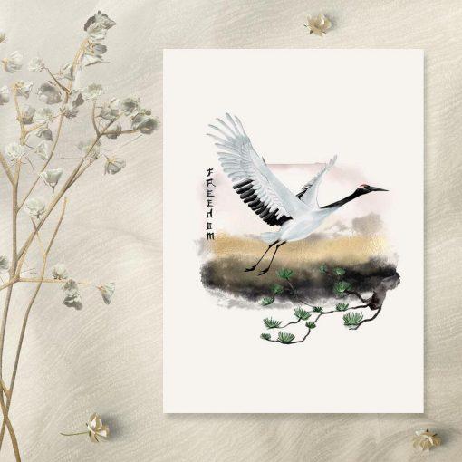Plakat z lecącym nad sosną żurawiem